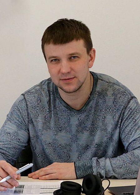 Максим Шадрин