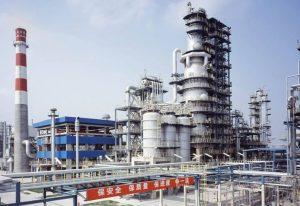 Китай снизил НДС на нефтехимию