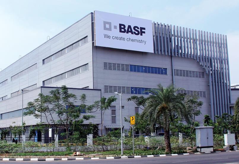 BASF объявил о планах сократить рабочих